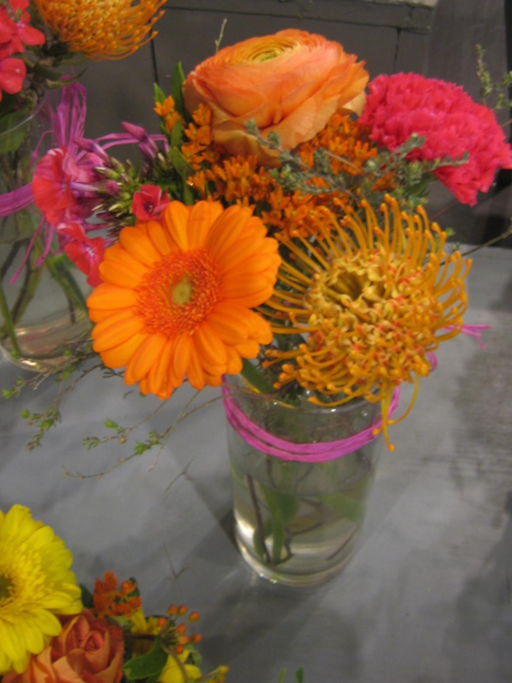 arreglo-floral-en-vaso.jpg
